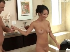 young dad orall-service cum in mouth