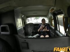 faketaxi spanish tourist struggles with big taxi