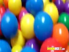 game of balls - campus babes 0001