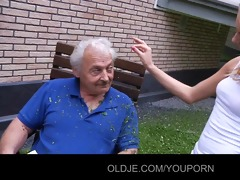 oldman gets blowing apology from teasing teeny