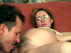 oral pleasure for preggo muff