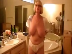 mature amateur german wife showing in natures