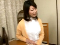 japanese wife sucks on a younger dick